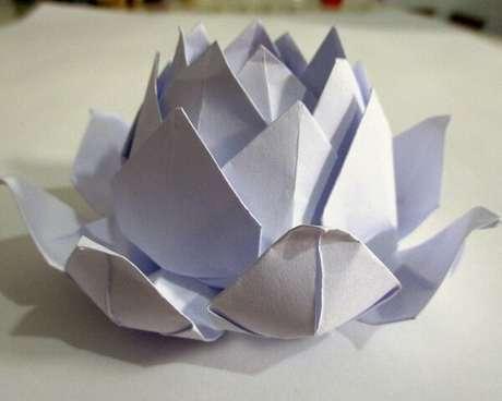24. Flor de lótus branca em origami – Foto: Via Pinterest
