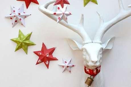 18. Origamis são uma técnica super criativa que podem ser usadas até mesmo na decoração natalina – Foto: Casa abril