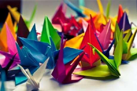 13. Origamis de pássaro significam boa sorte – Foto: Chanel Fake