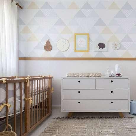 6- Na decoração foi utilizado quadros de quarto de bebê em vários formatos. Fonte: Ideias Decor Quadros