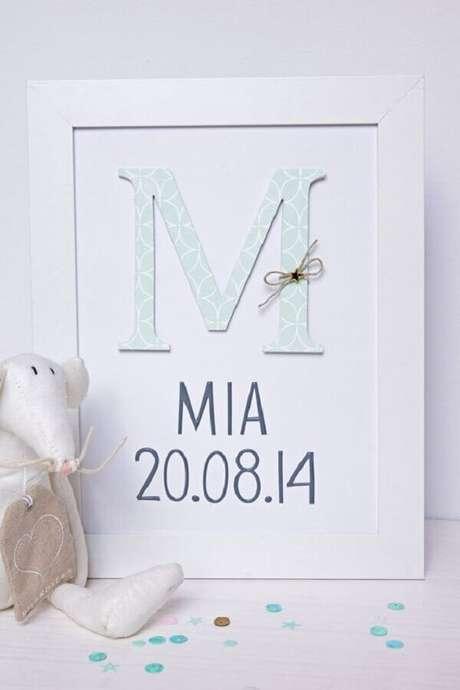 15- O quadro para quarto de bebê pode ter a data de nascimento e o nome da criança. Fonte: LeMeilleurdu DIY