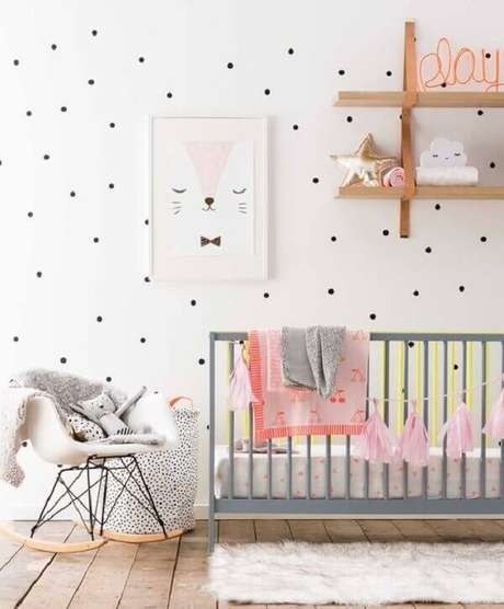 41- O quadro para quarto de bebê tem desenho simples e delicado. Fonte: Gestação Bebê