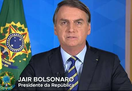 Presidente Jair Bolsonaro em pronunciamento oficial nesta quarta, 8