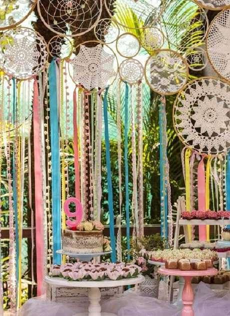 31. A festa de aniversário infantil também pode receber vários filtros dos sonhos na decoração – Foto: Pinterest