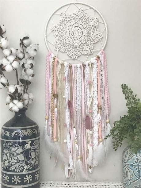44. Aqui tons de rosa e branco deixaram o filtro dos sonhos com um toque bem delicado – Foto: Etsy