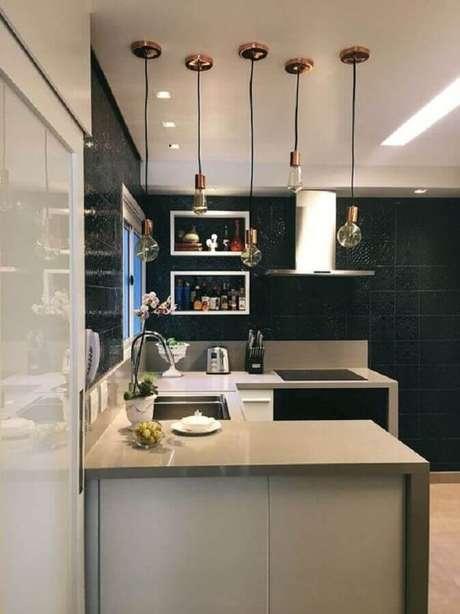 69. Modelo simples de pendentes para cozinha planejada – Foto: Liliana Zenaro Interiores