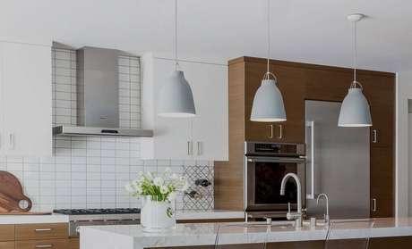 32. Modelo de pendente para bancada de cozinha
