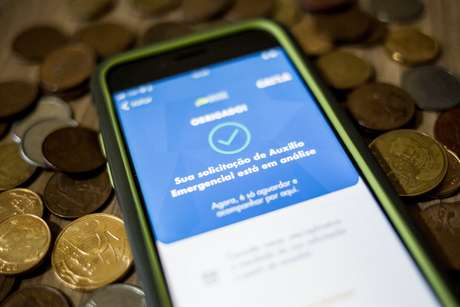 Beneficiários de últimas parcelas do seguro-desemprego podem pedir auxílio de R$ 600