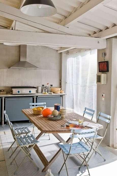 43. Decoração clean para área gourmet simples – Foto: Dcore Você
