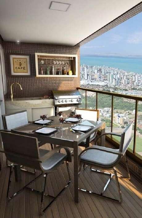 53. Varanda de apartamento decorada com área gourmet pequena e simples – Foto: Pinterest