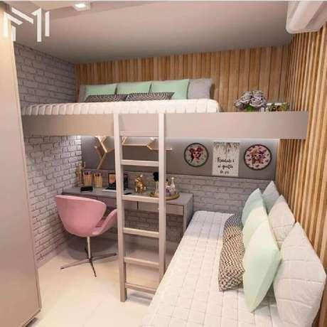 14. Decoração escrivaninha embaixo de cama suspensa para cantinho de estudo feminino em quarto planejado – Foto: Dicas de Mulher