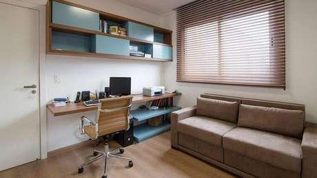 48. Decoração simples para cantinho de estudo na sala – Foto: Mutabile Arquitetura