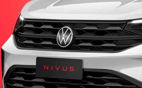 Dupla grade na dianteira e novo logotipo VW.