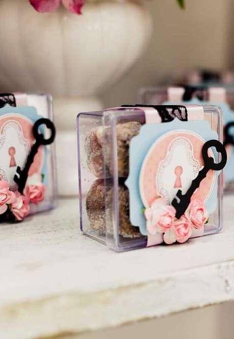 10. Personalize as suas lembrancinhas para festa Alice no País das Maravilhas – Foto: Sweet Decor