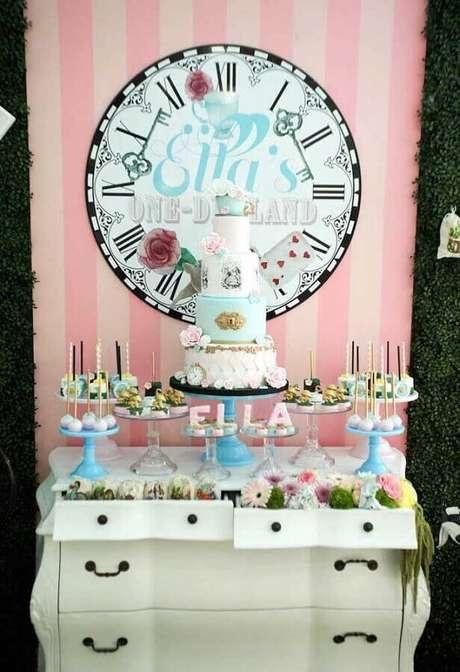 38. Delicada decoração para festa Alice no País das Maravilhas simples – Foto: Pinterest
