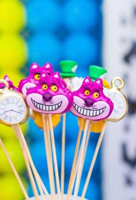 45. Doces divertidos para Alice no País das Maravilhas festa infantil – Foto: Pinterest