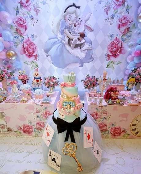 58. Festa de quinze anos Alice no País das Maravilhas – Foto: Catch My Party