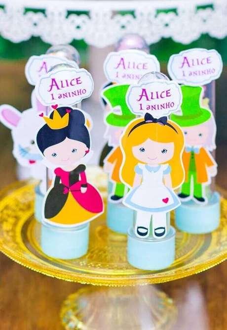 61. Lembrancinhas para Alice no País das Maravilhas festa infantil – Foto: Pinterest