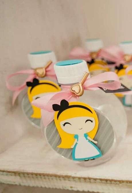 66. Ideia de lembrancinhas para festa Alice no País das Maravilhas simples – Foto: Pinterest