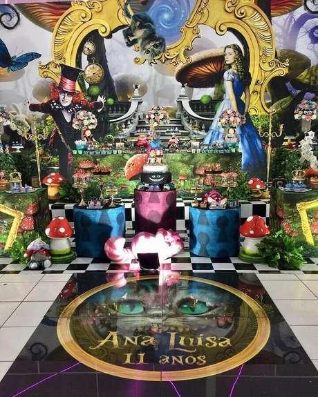 69. Decoração linda para festa de quinze anos Alice no País das Maravilhas – Foto: Happy Fest