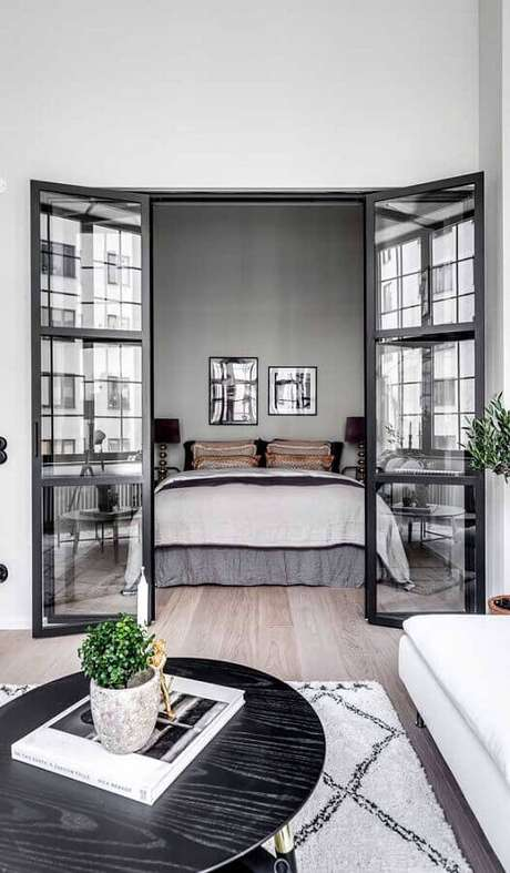 21. Invista na porta francesa para divisão de ambientes internos – Foto: Architecture Art Designs