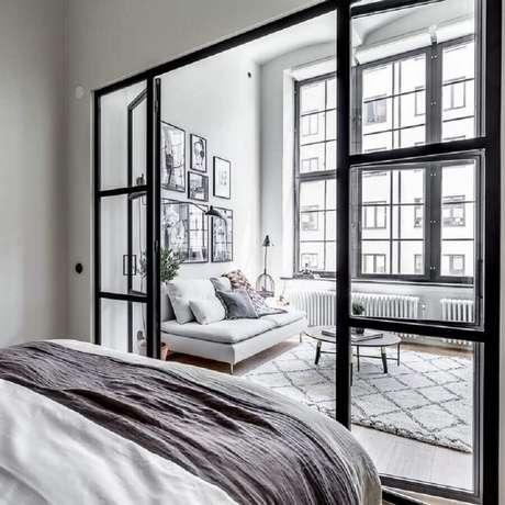 5. A porta francesa de alumínio é ideal para decorar ambientes modernos – Foto: Pinterest