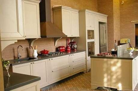 49. Os utensílios de cozinha vintage são um ótimo complemento na decoração – Foto: Revista Viva Decora