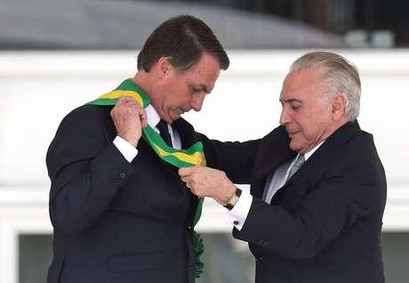 Temer diz que ligou para Bolsonaro e sugeriu quarentena