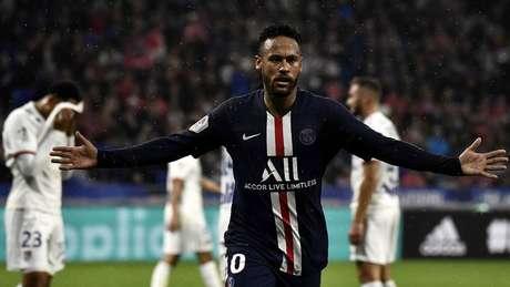 Neymar estava em boa fase no PSG antes da pausa por conta do coronavírus