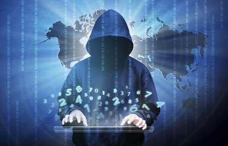 Hackers bolsonaristas invadem lives de acadêmicos