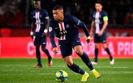 Mbappé é prioridade do Liverpool em caso de saída de Mané (Foto: FRANCK FIFE / AFP)
