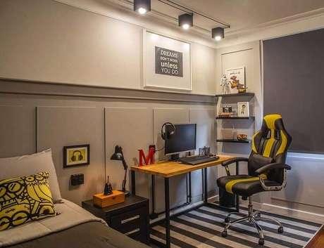 5. Uma boa cadeira é indispensável na decoração do quarto gamer – Foto: Archello