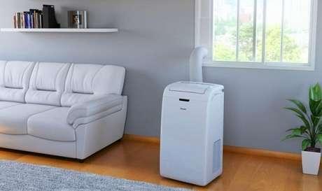 3. A maneira de como instalar ar condicionado portátil é uma das mais práticas – Foto: Zoom