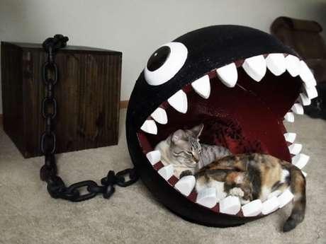 55. Essa cama de gatos do Chain Chomp é muito legal!