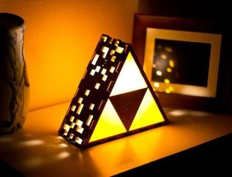 21. Melhor ainda se for uma luminária de triforce