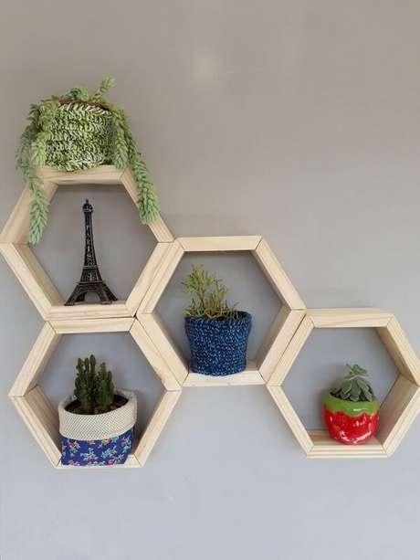 34. Jardim cultivado em nichos são excelentes escolhas decorativas – Foto: Via Pinterest