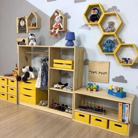 28. Nicho hexagonal em um quarto infantil é uma ótima escolha – Foto: Via Pinterest