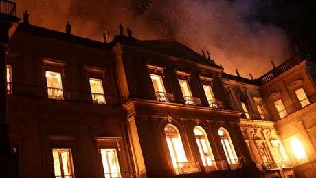 Acervo do Museu Nacional foi praticamente todo consumido pelo fogo em 2 de setembro de 2018
