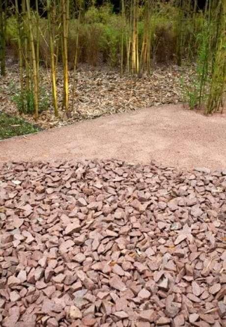 26. Brita em bosque de bambus. Projeto de Alexandre Furcolin