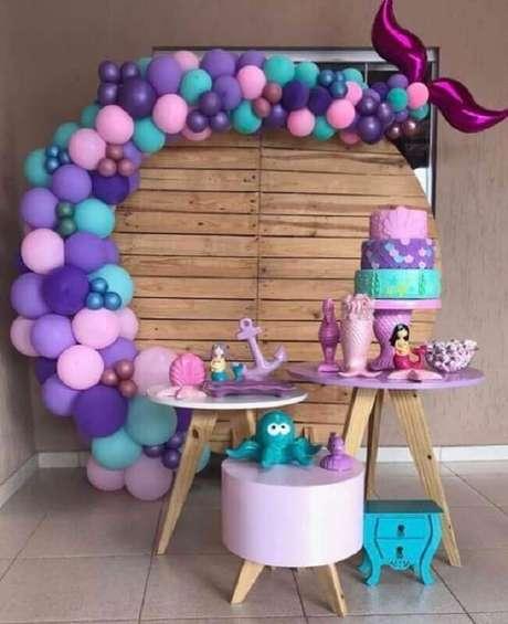 12. Festa sereia como tema de mesversário menina – Foto: Ideias em Casa