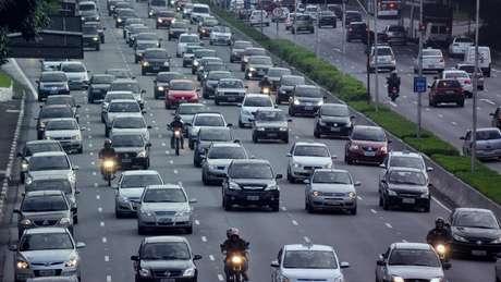 O rodízio de carros muda na cidade em São Paulo