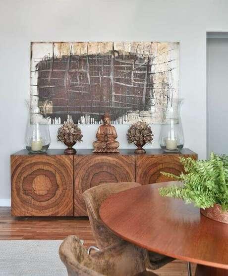 87. Aparador de madeira para sala de jantar. Projeto por Tetriz Arquitetura