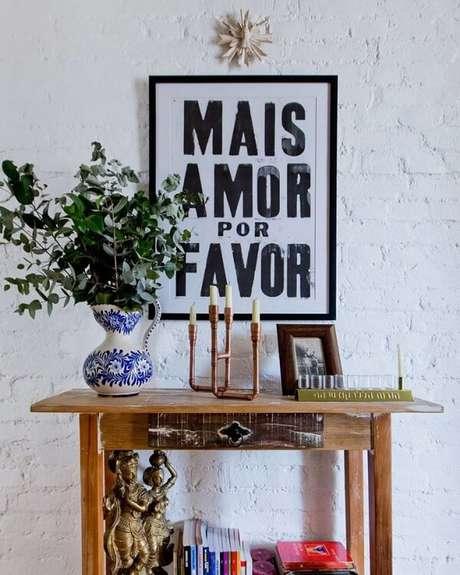 1. Aparador de madeira para sala rústica. Fonte: Pinterest