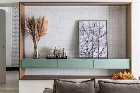 91. Modelo de aparador suspenso para sala de estar. Fonte: Casa de Valentina