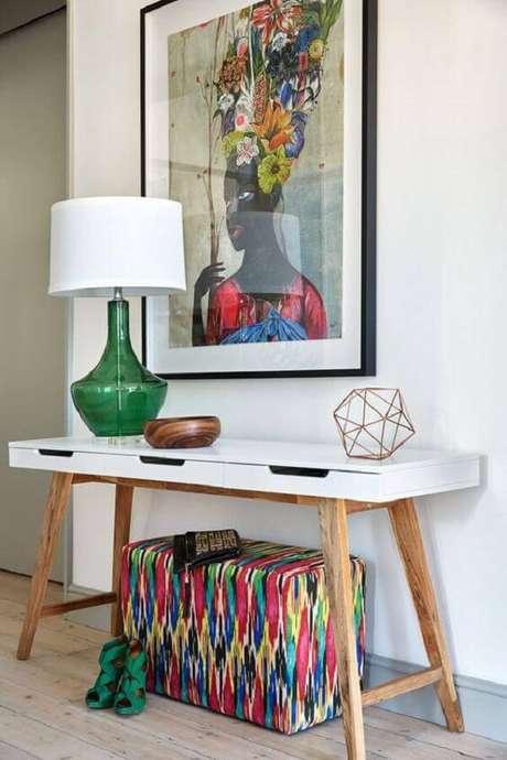 39. O aparador retrô pode decorar diferentes ambientes da casa. Fonte: Pinterest
