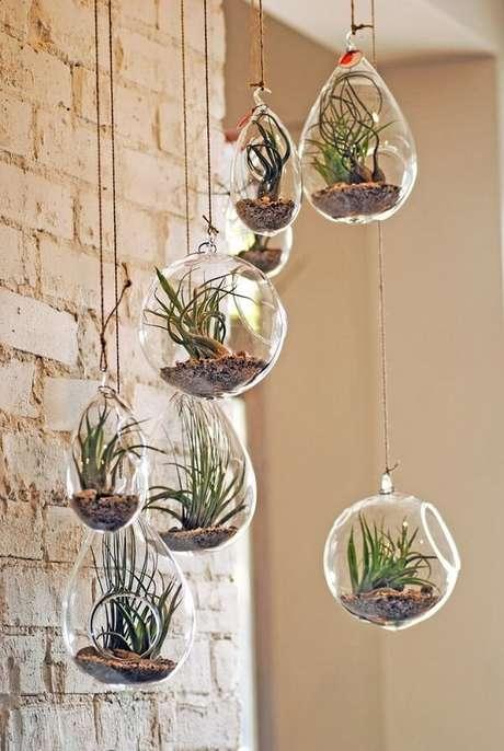 4. Reserve um cantinho especial para cultivar seu terrário. Fonte: Pinterest
