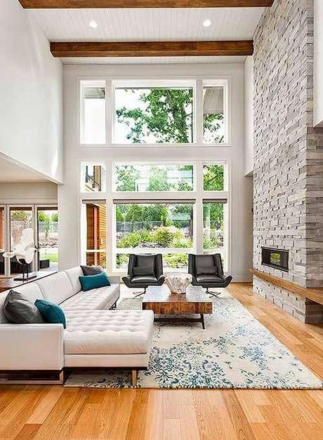 43. Casa com escada de porcelanato – Via: Archtectural Design