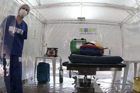 Uma tenda dos Expedicionários da Saúde ajuda no Pronto Atendimento para demandas relacionadas ao novo coronavírus, no estacionamento dos Hospital de Clínicas da Unicamp, na cidade de Campinas