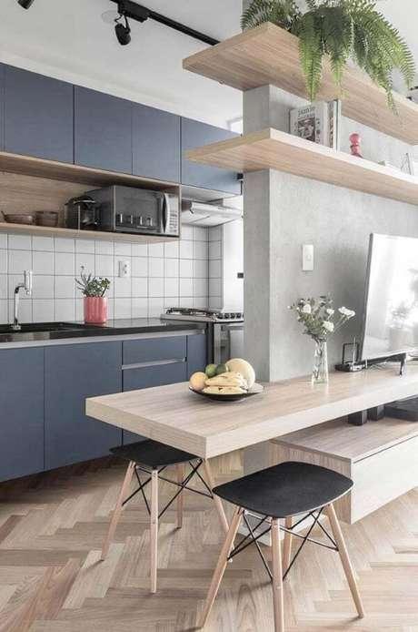 49. Cozinha com porcelanato amadeirado – Via: Pinterest