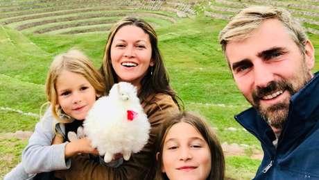 Família planejava viajar a América do Sul de carro